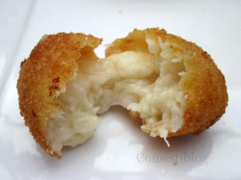 Idiazabal Cheese Croquette split
